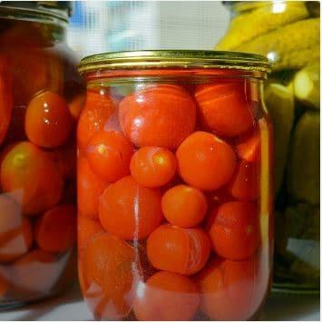 Säilitamine tomatid